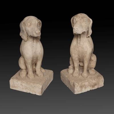 A pair of limestone dogs, middle of 20th century (64 cm high, basement : 29 cm x 29 cm)