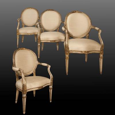 A set of 4 lacquered and gilded wood armchairs, Turin, Italy, circa 1770 (103 cm high, 67 cm wide, 62 cm deep)