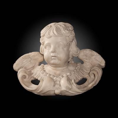 Testa d'angelo con le ali spiegate in marmo bianco di Carrara, Italia, 18° secolo (altezza 33 cm, larghezza 24 cm, profondità 16 cm)