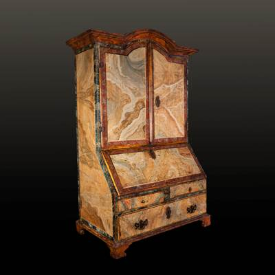 A trompe l'oeil marbles lacquered wood cabinet, South of Italy, early 18th century, one drawer dated 1717 (111 cm high, 66 cm wide, closed : 40 cm deep, opened : 65 cm deep)