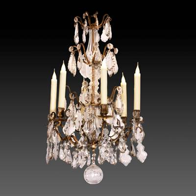 Lampadario con gocce in cristallo, struttura in bronzo, 6 bracci di luce, Francia, 19° secolo (altezza 85 cm, diametro 50 cm)